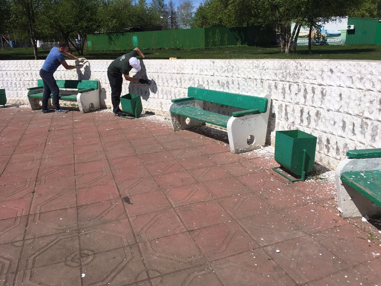 После обращения жителей городской парк и Аллею Героев в Туймазах привели в порядок
