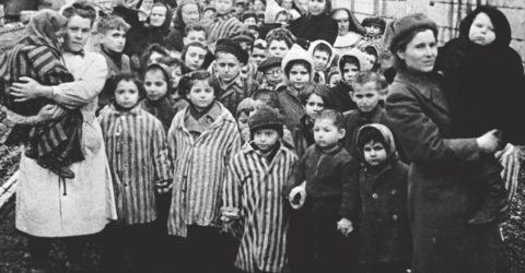 Өфөлә Холокост ҡорбандарын иҫкә алалар